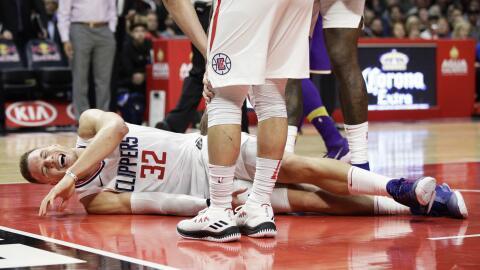 Blake Griffin se lesiona y queda fuera por 8 semanas.