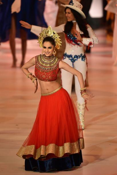 Miss India, Koyal Rana (quien quedó en décimo lugar).