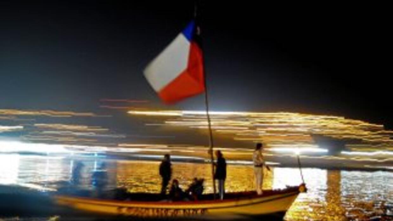 Los chilenos conmemoraron un año del trágico terremoto que dejó 524 muer...