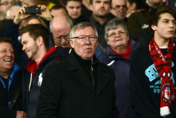 Sir Alex Ferguson salió con un equipo más defensivo, para hacer valer el...