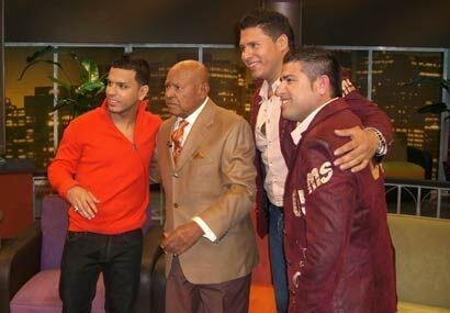 La foto del recuerdo con los invitados del programa.