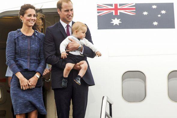 Y el príncipe William, siempre 'ad hoc' con la ocasión, combinó su atuen...