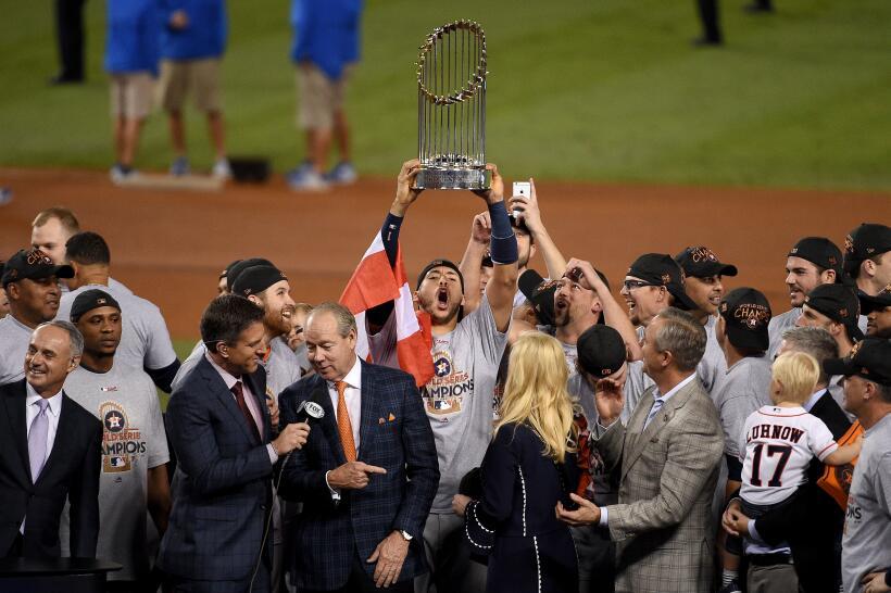 Así fue el desfile de campeón de Houston Astros gettyimages-869205002.jpg