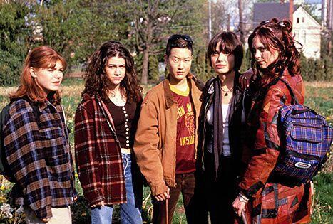 Angelina y Jenni se conocieron al filmar la cinta 'Foxfire' en 1996.