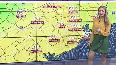 Las temperaturas caerán en Houston durante la noche de este martes y se esperan algunos chubascos