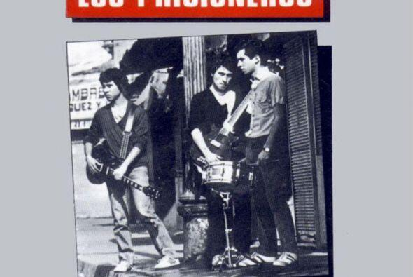 Los Prisioneros - Tren Al Sur http://bit.ly/1sRQZZ7