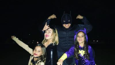 Ya son familia: mira lo bien que lo pasan Chiquis Rivera y las hijas de Lorenzo Méndez