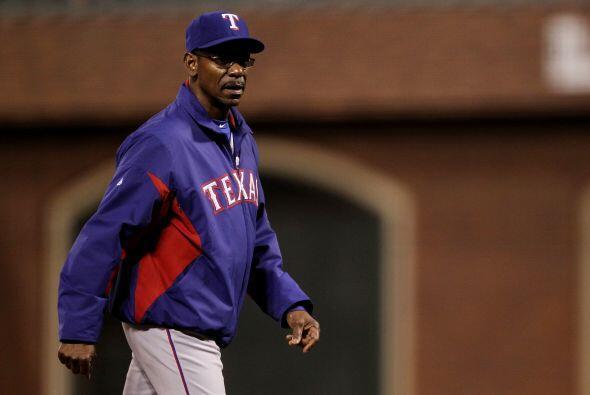 El manager de Texas, Ron Washington, fue criticado por no traer a Neftal...