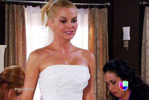 Bueno, pero aunque no estamos de acuerdo con tu boda, no podemos negar q...