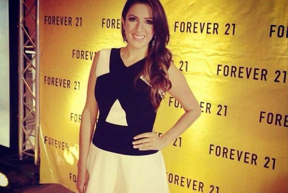 """Lista para una noche muy especial! #Forever21HN"", mostró Maity. (Octubr..."