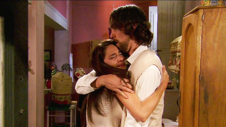 Adriana Louvier tuvo mucho amor en Yo No Creo En Los Hombres  7366BF9818...