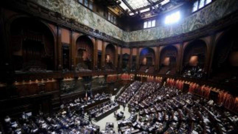 El Parlamento italiano decide 'sacrificar' a sus contribuyentes.