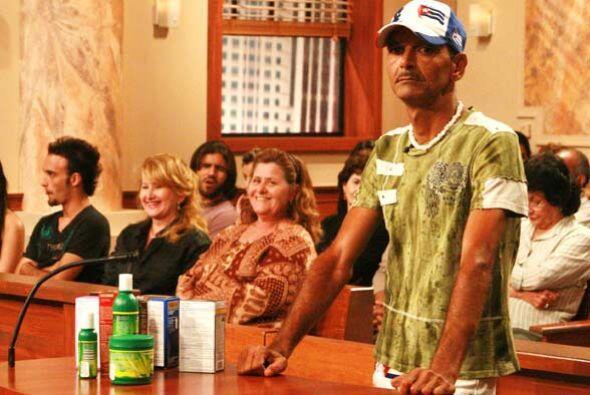 Aurelio Martínez es demandado ante la corte de la jueza Cristina Pereyra...