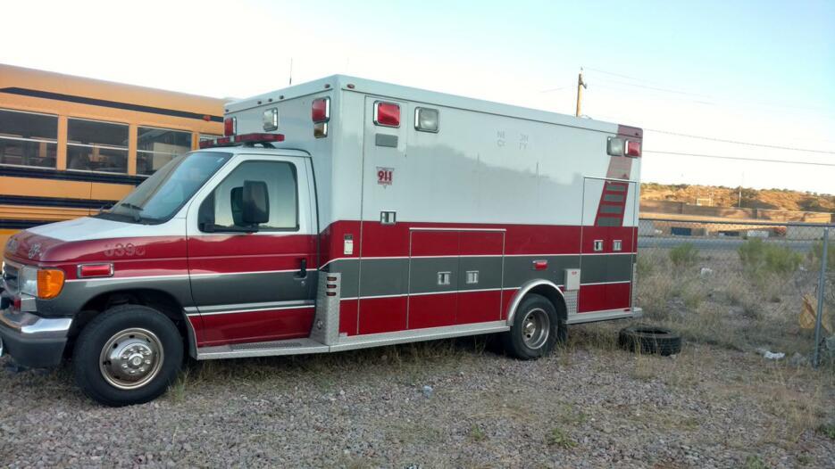 Una inmigrante retenida dos días por 'coyotes' dentro de una ambulancia...