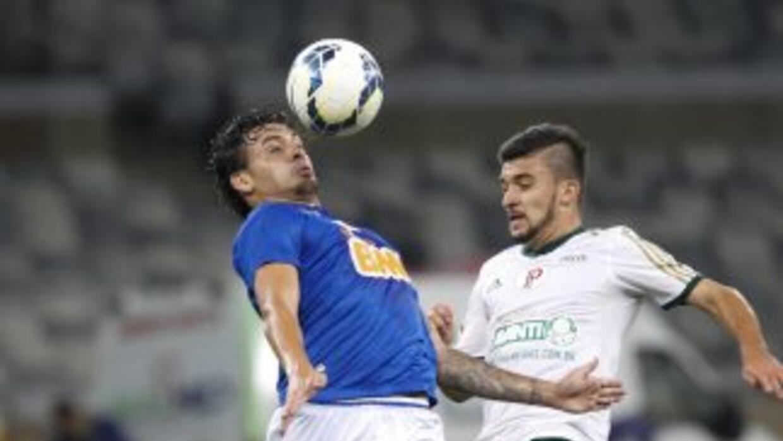 Con el empate, el Cruzeiro llegó a 60 puntos y sigue mandando en Brasil.