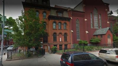 Diócesis de Brooklyn paga $27.5 millones para cerrar cuatro casos de abuso sexual, según el New York Times