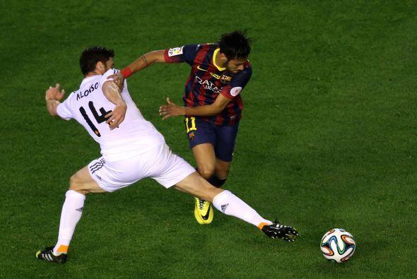 Así se consumieron los minutos del primer tiempo, con un Barcelona que n...