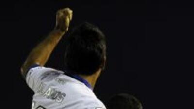 Huachipato goleó 4-0 al Caracas a domicilio, con tripleta del uruguayo B...