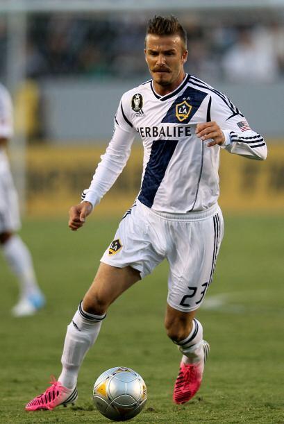 David Beckham como siempre demostrando el talento con grandes balones pa...
