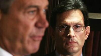 El legislador Eric Cantor (Virginia), líder de la mayoría republicana en...