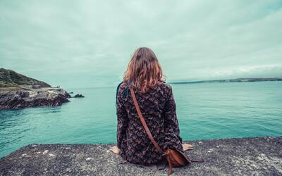 Es necesario crear programas de prevención de suicidios en adolescentes...