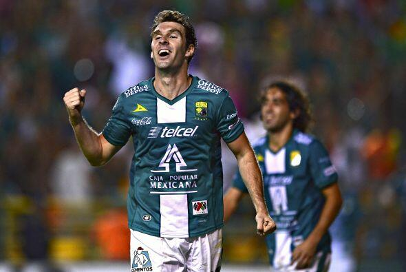 Este póker de goles le sirvió al argentino para empatar a Dorlan Pabón y...