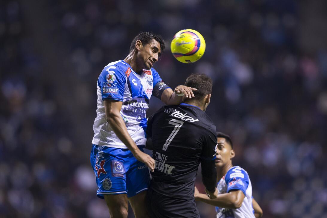 Cruz Azul venció a Puebla 2-0 en Copa MX 20180207-2241.jpg