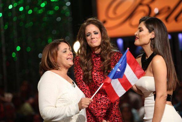 La madre de la participante viajó desde Puerto Rico para abrazar...