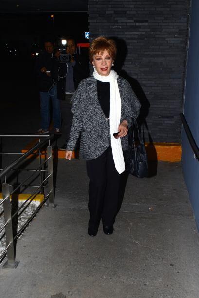 Norma Lazareno también llegó para ver por última vez a Magda.