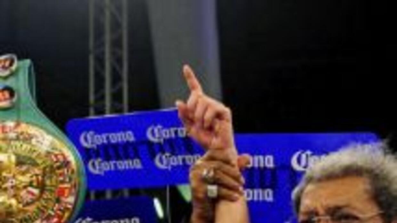 Elio Rojas no seguirá de la mano con Don King.
