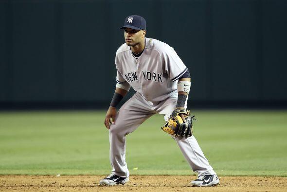 El dominicano Robinson Canó, de los Yankees de Nueva York, se lle...