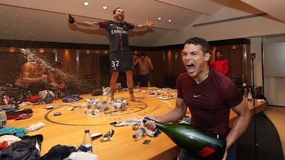 Fiesta de locos en el título del París Saint Germain como campeón en Francia