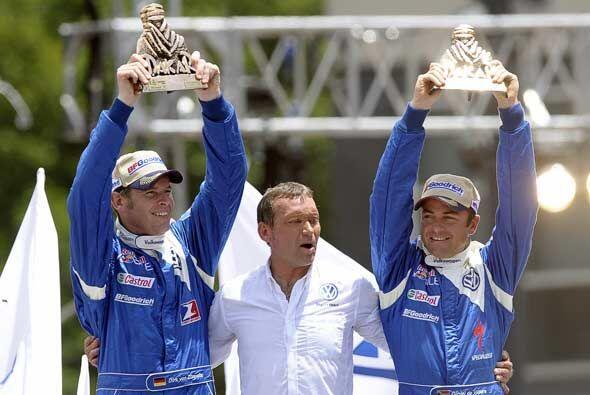 El segundo lugar de autos fue para los sudáfricanos Giniel De Villiers (...