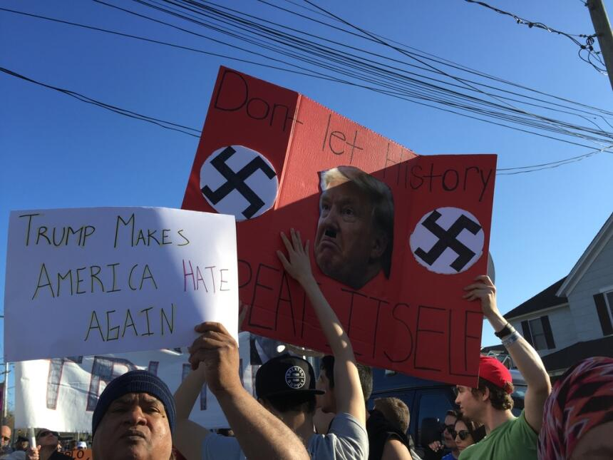 "Protesta en Patchogue por evento ""ofensivo"" de Trump patchogue7.jpg"