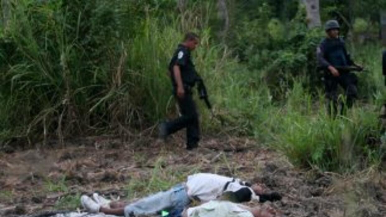 La policía encontró a cuatro jóvenes asesinados en balneario mexicano Ac...