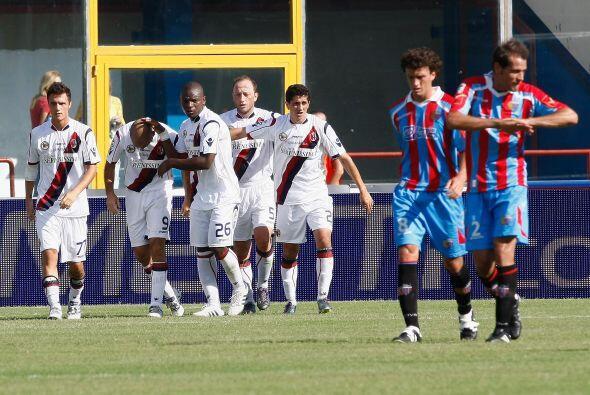 Marco Di Vaio pudo arriba en el marcador al Bolonia, pero el Catania sac...