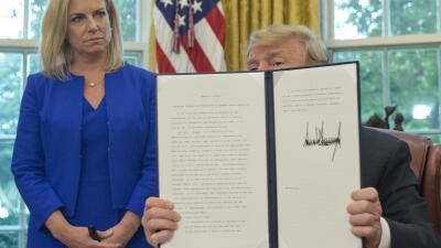 Este es el texto del decreto de Trump que pone fin a la separación de familias indocumentadas