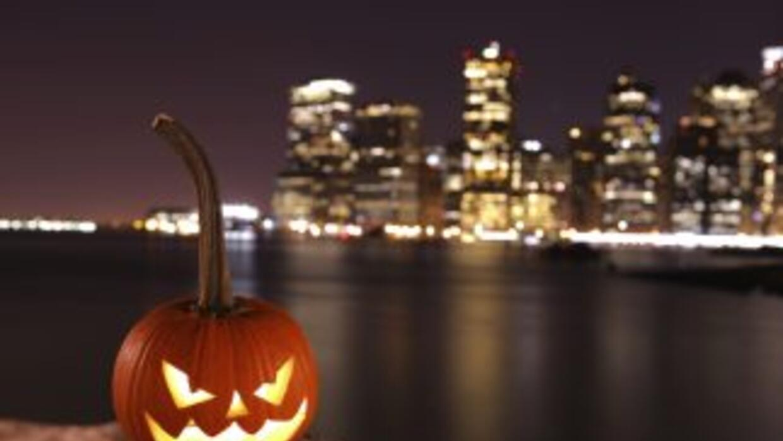 En China y en Alemania, en granjas y debajo del mar, Halloween también e...