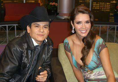 El Potro de Sinaloa demuestra que es una estrella musical que lleg&oacut...