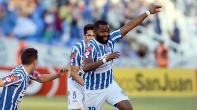 Columbus Crew en negociaciones por goleador con garra charrúa de la liga argentina