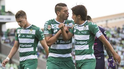 En fotos: Santos sigue fuerte como local luego de superar al Puebla