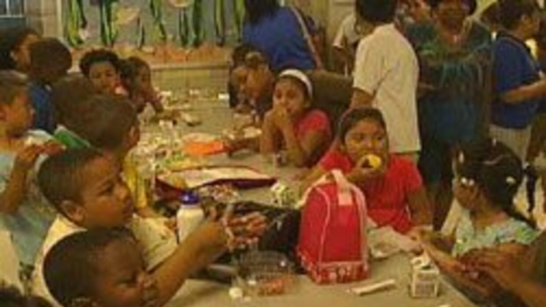 Alcaldia de NY repartira desayunos y almuerzos gratis a ni?os y jovenes....