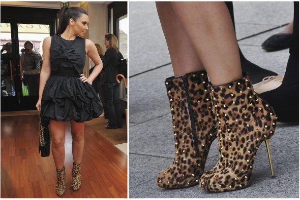 No sabemos si Kim Kardashian tiene varios o compra los mismo zapatos que...