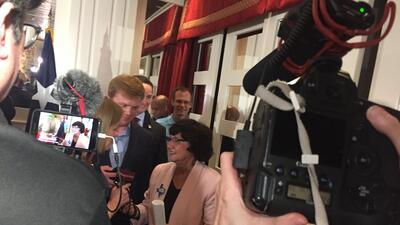 Latina y gay: Lupe Valdez hace historia al convertirse en la candidata demócrata a la gobernación de Texas