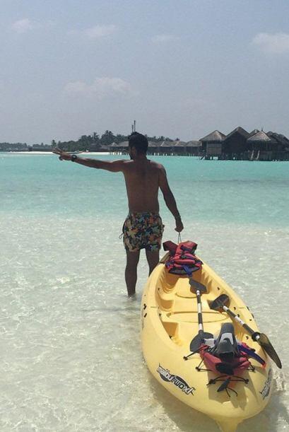 Luis está listo para practicar un poco de kayak. (Enero 23, 2015)