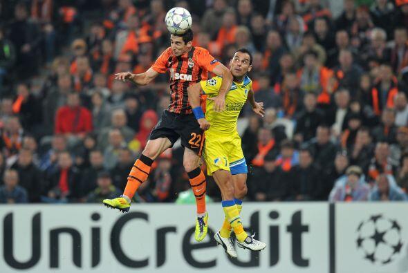 El Shakhtar Donetsk se midió al APOEL Nicosia.