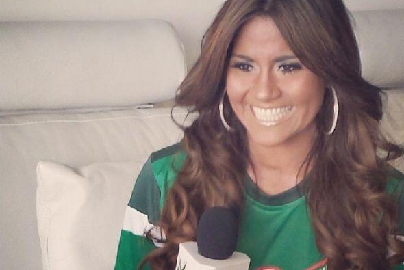Aquí posando con la playera de la selección mexicana. Todos sobre el Mun...
