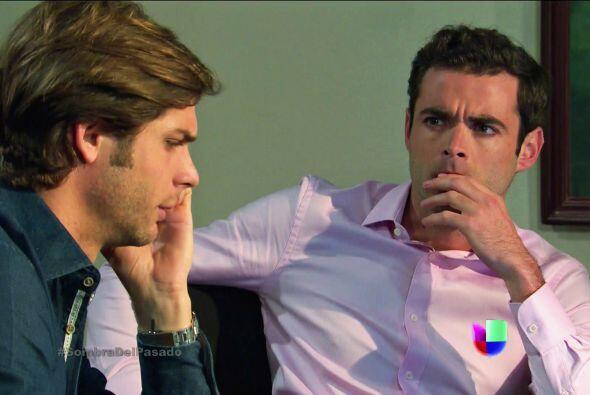 Patricio y Renato tiene que viajar a la ciudad para dar explicaciones en...