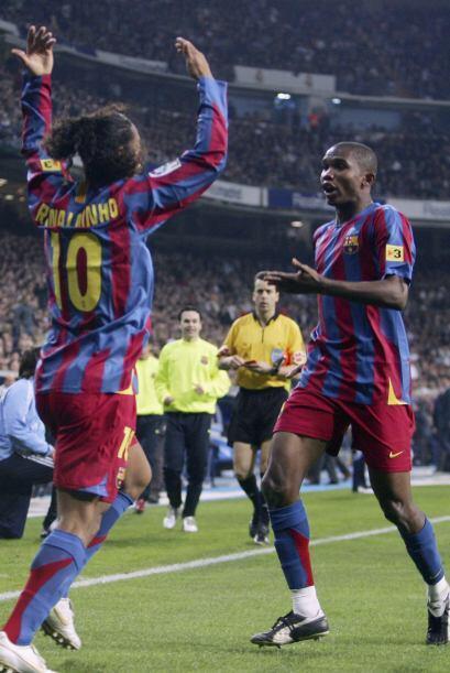 Ronaldinho se ganó los aplausos del Santiago Bernabéu en su exhibición d...