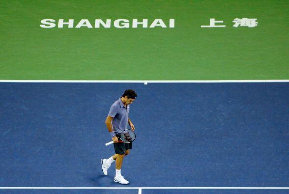 Federer intentó entonces buscar el punto débil de su rival pero no lo co...